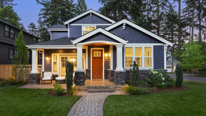 6 Curb Appeal Boosters To Attract Buyers!